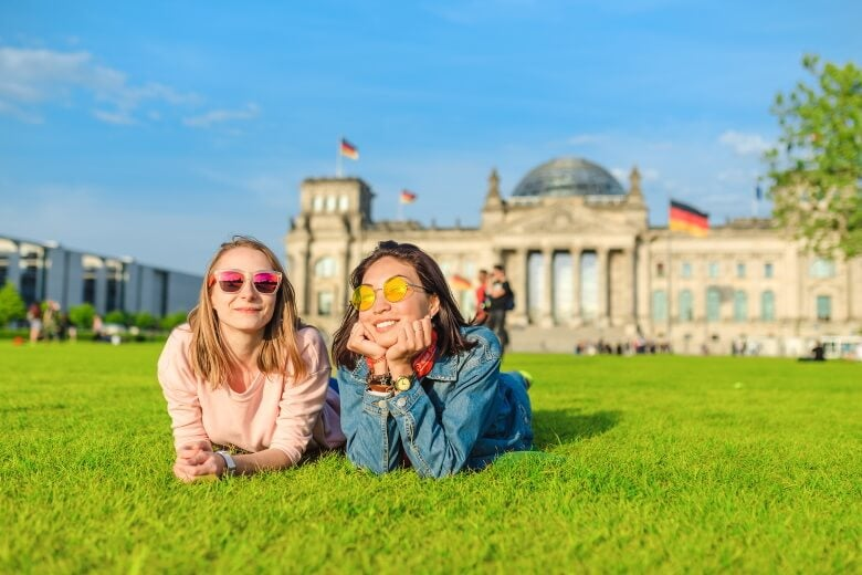 two women outside the Bundestag in Germany