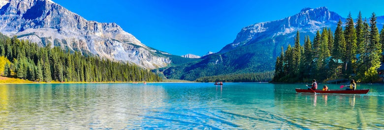 emerald lake in BC Canada