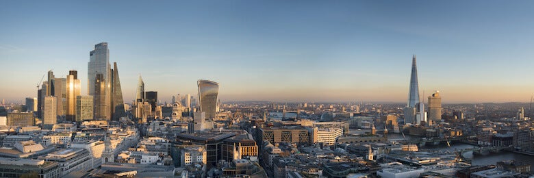 london cityscape in the evening