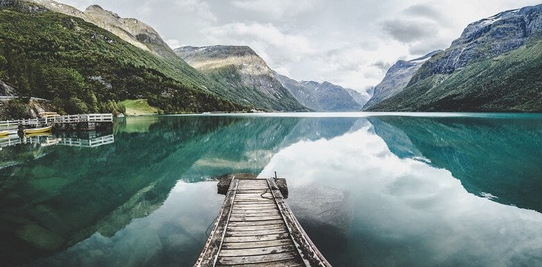 lake in Norway with mountains in the background